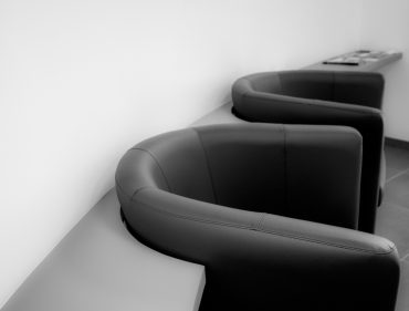armchairs-898783_1920