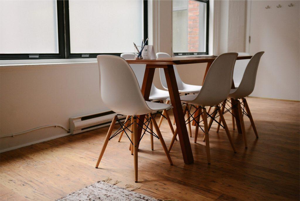 Design stoelen eetkamer